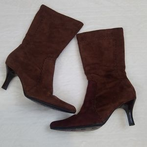 Brown Suede Boots!